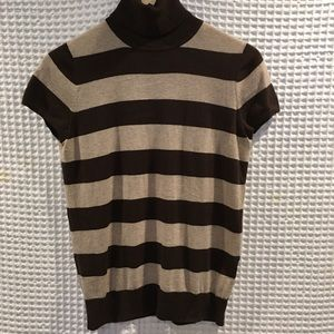 Gap stripes shortsleeved turtleneck sweater. SizeM